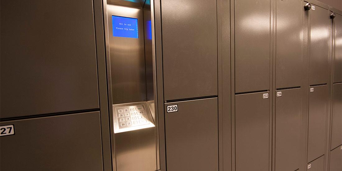 ban-hanging-locker1