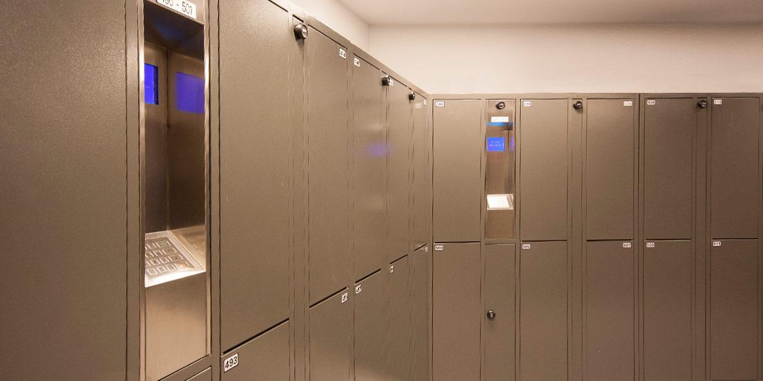ban-hanging-locker2