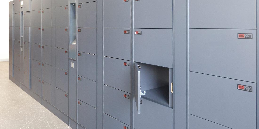 ban-laminate-locker1