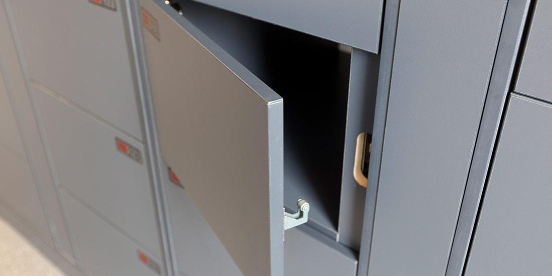 ban-laminate-locker6