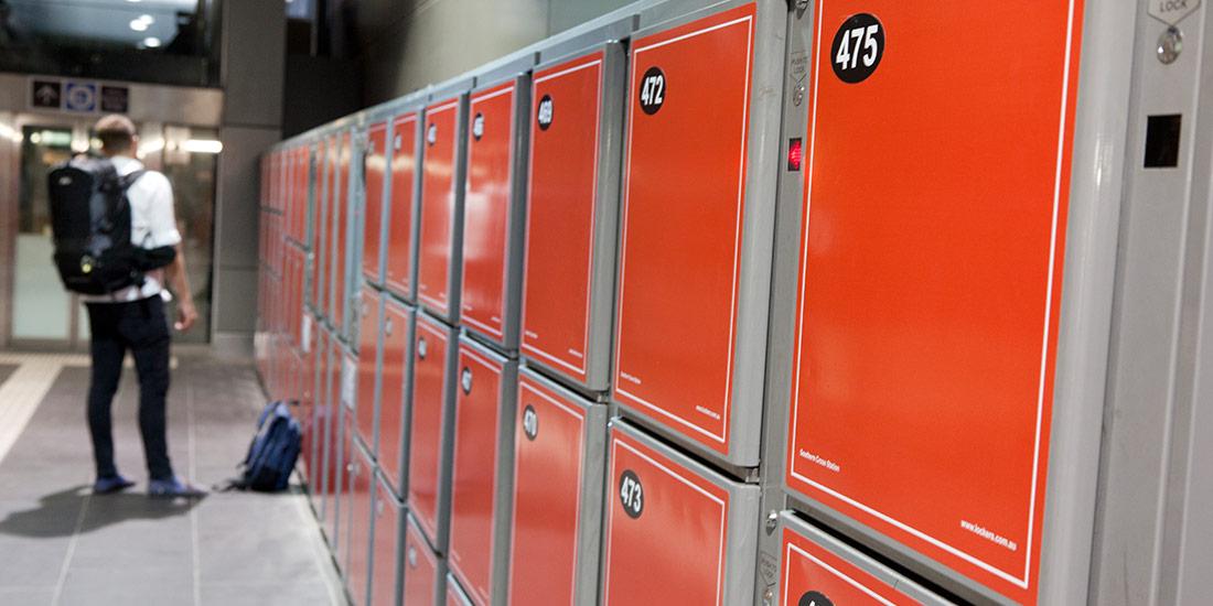 ban-luggage-locker8